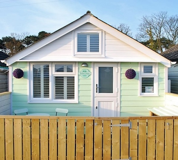 dunster beach holidays, Dunster, beach, hut, salad days, beach hut, chalet, dunster beach